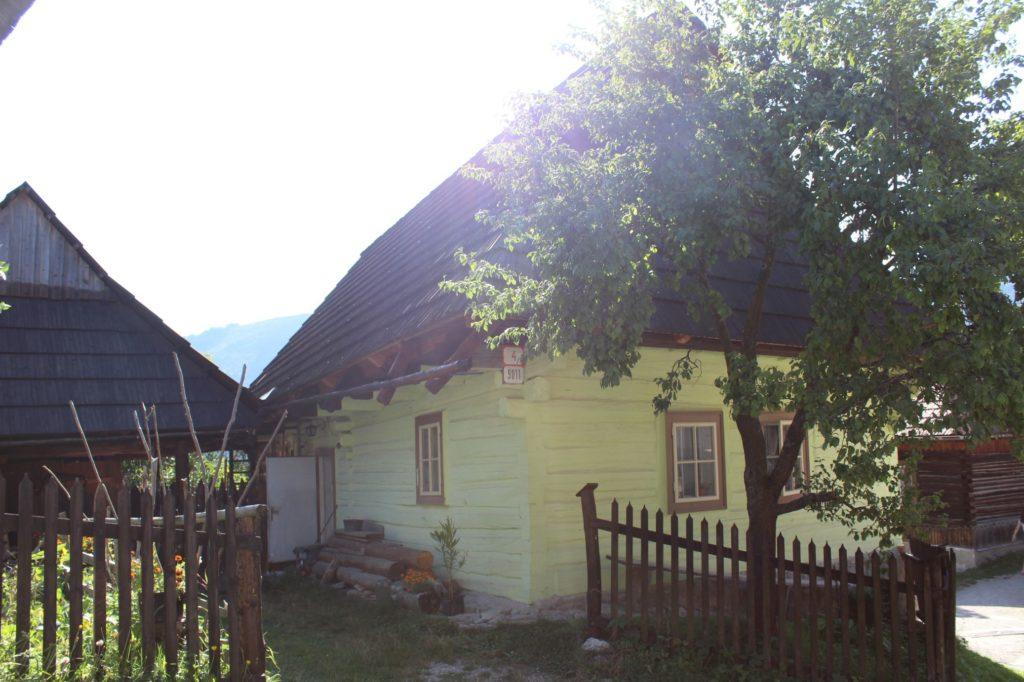 Ľudový dom č. 9011 03