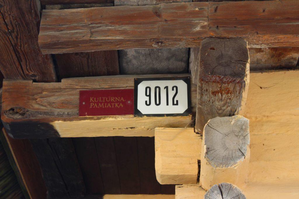 Roľnícky dvor č. 9012 08